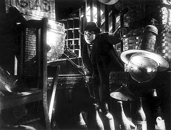 The frightening prescience of Fritz Lang's M