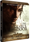At the Devil's Door - Blu-ray